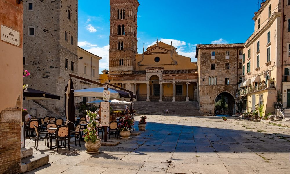 Piazza Terracina